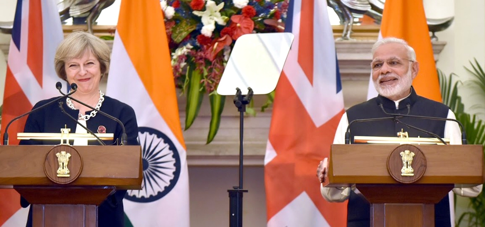Prime Minister Mr. Narendra Modi at Exchange of Agreements & Press Statements with Prime Minister of UK Ms. Theresa May